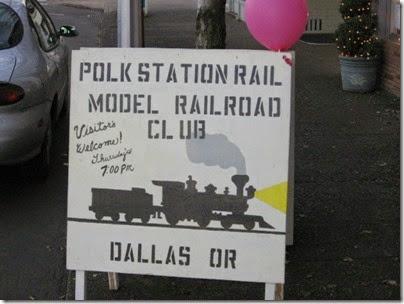 133 Polk Station Rail in Dallas, Oregon on December 11, 2005