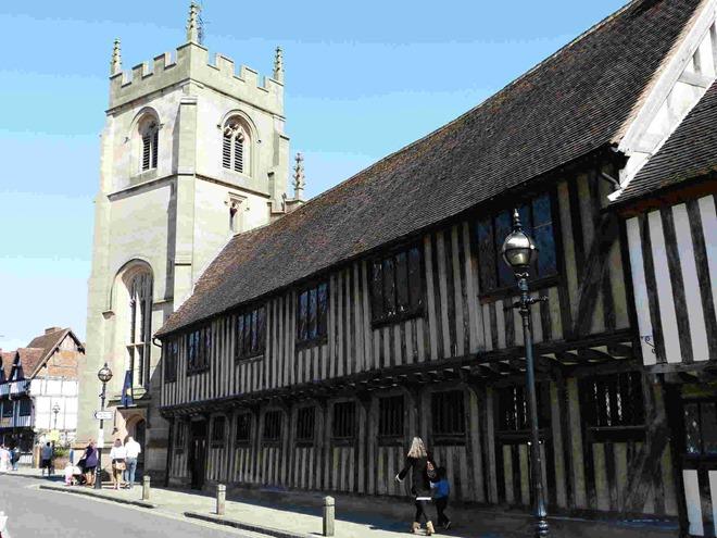 King Edward VI School (KES)