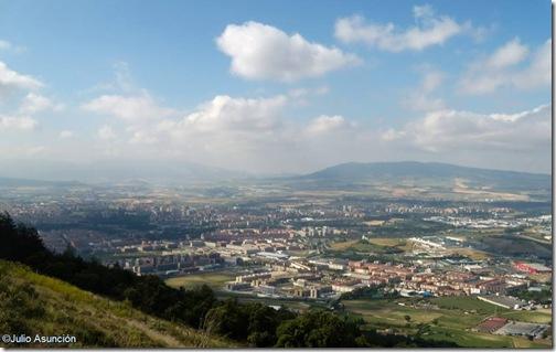 Panorámica de Pamplona desde el monte Ezkaba