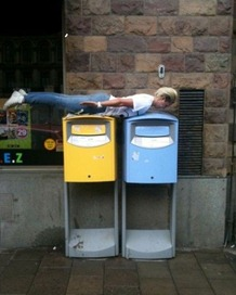 Bizarre-And-Funny-Planking-Craze-6
