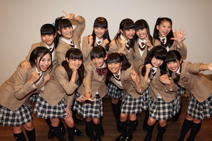 Sakura-Gakuin_single_Jump-Up-Chiisana-Yuki