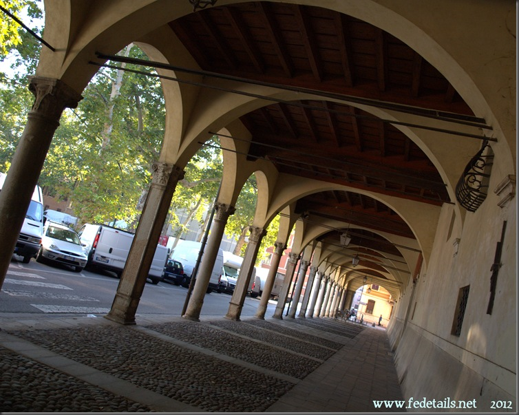 Palazzo Ronchegalli-Rondinelli, Ferrara, Italia - Ronchegalli-Rondinelli palace, Ferrara, Italy - Property and Copyright www.fedetails.net