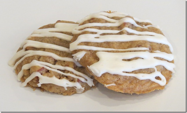 Glazed Maple Pecan Cookies 10-3-12