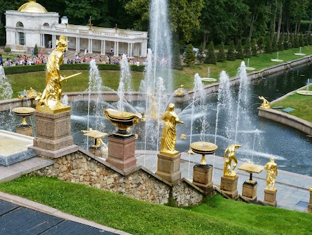 Obiective turistice Rusia: Fantani functionand