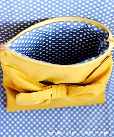 DIY bow pouch