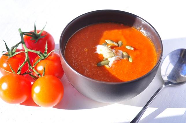 roasted_plum_tom_soup