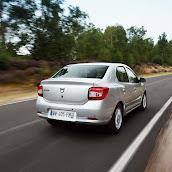 2013-Dacia-Logan-Sedan-6.jpg