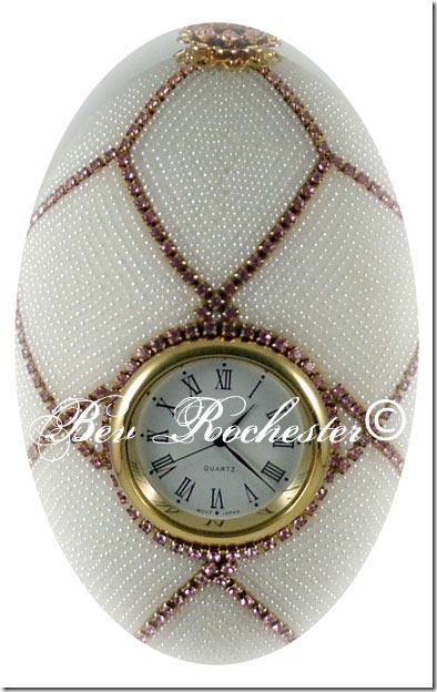 Bev-Rochester-Beaded-goose-egg-clock1