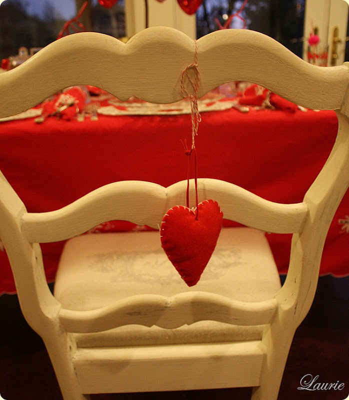 CHAIR HEART