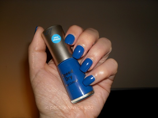 11-boots-no-7-polish-poolside-blue