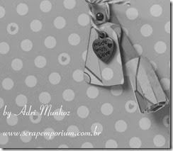 AdriMunhoz_ScrapEmporium_MAM_Violet Tilda_P&B
