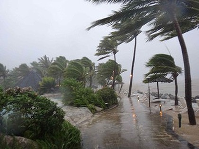 Floodwaters and wind rip across Fiji, 2 April 2012. Conditions are set to worsen in Fiji as a tropical cyclone develops. Taner Mallia