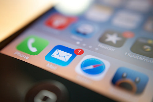 Ios7 mail delete restore undo shuffule