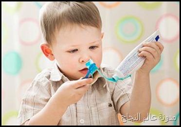 تنظيف الأسنان بالفرشاة
