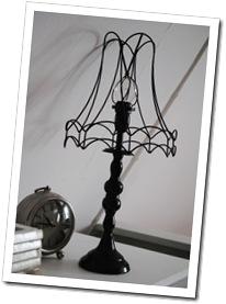 svarta lampan 002