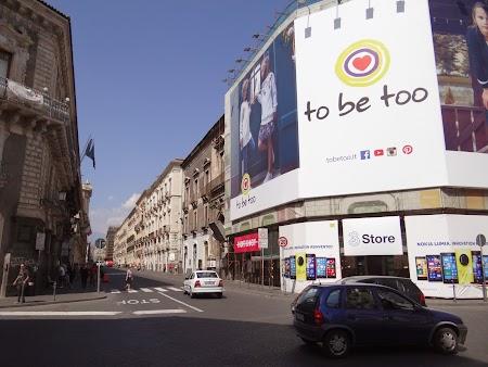 08. Via Etnea - Catania.JPG