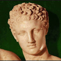 53.- Praxíteles. Hermes con el niño Dionisios