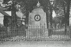 Kriegerdenkmal 1870/71 in Scharmbeck;<br /> aus J. Segelken &quot;Heimatbuch&quot;, 1938