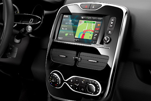 2013-Renault-Clio-Mk4-19.jpg
