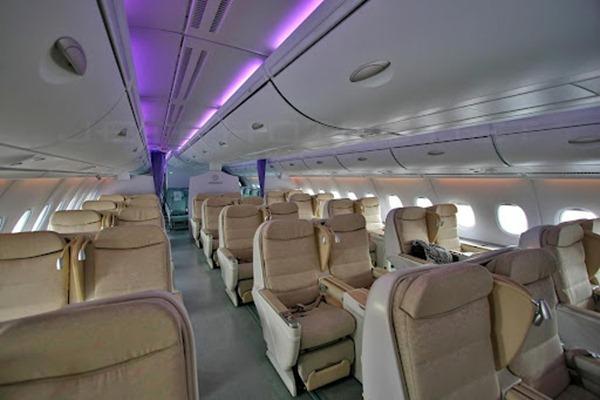 صور من داخل طائرة ايرباص 380
