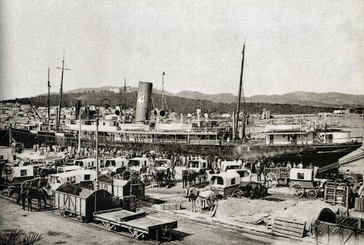 Palma de Mallorca. La llegada del correo siempre era un acontecimiento. Vapor MALLORCA. Postal.jpg