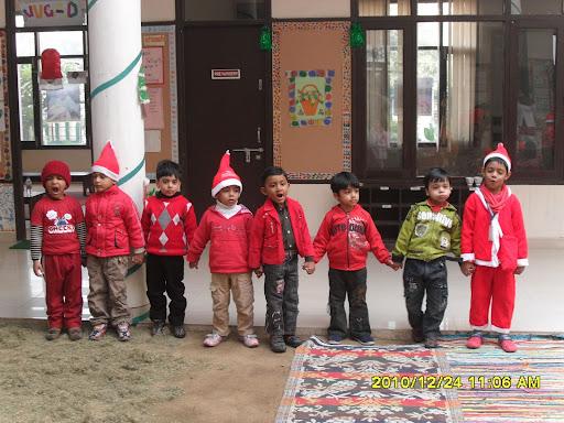 christmas celebration, christmas celebration clip art, family christmas celebration, christmas celebration mannheim, cartoon christmas celebration-39