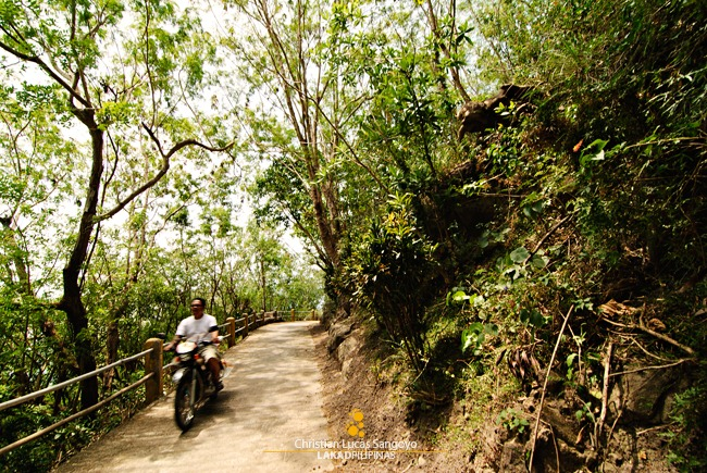 Motorcycles, the Kings of Banton's Road