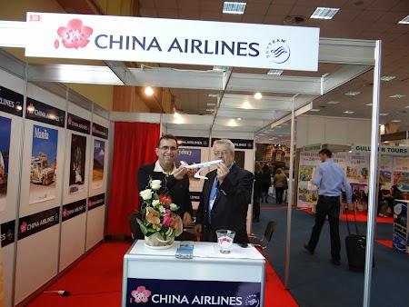 03. China Airlines la Bucuresti.JPG