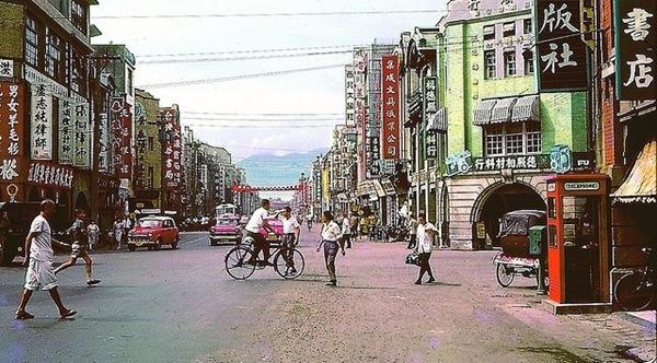 我們小時候的重慶南路書店街