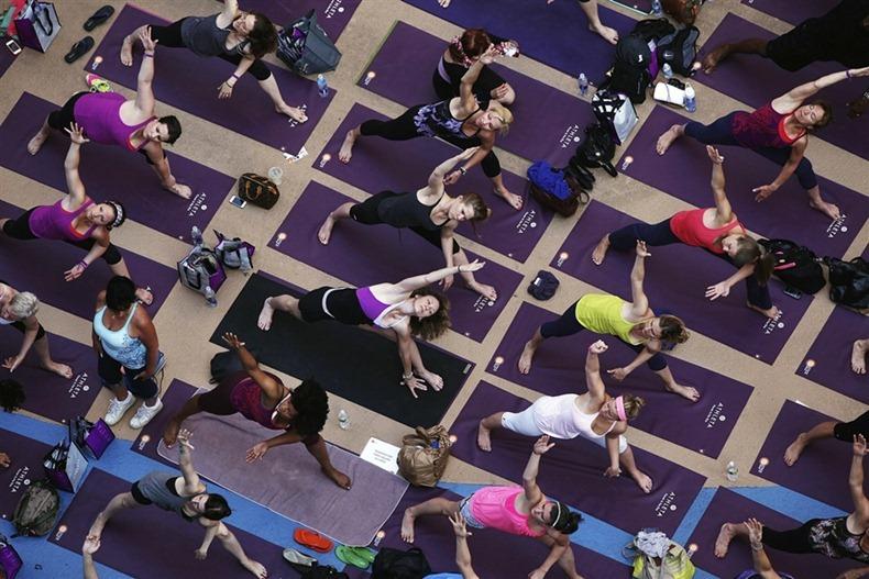 times-square-yoga-9