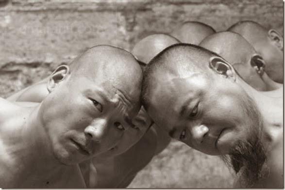 shaolin-monks-training-016