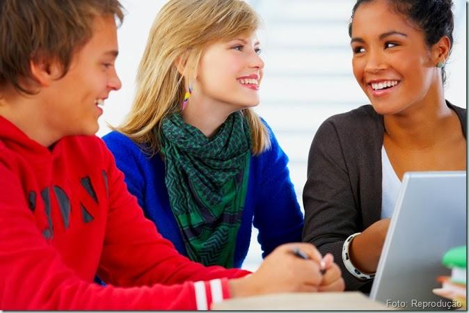 Cabelos dos adolescentes: Queda e Crescimento