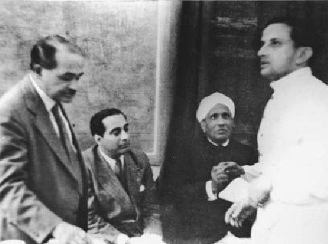 Dr. Shanti Swaroop Bhatnagar, Dr. Homi Jehangir Bhabha, Nobel Laureate Sir C.V. Raman and Dr. Vikram Sarabhai