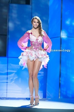 miss-uni-2011-costumes-14