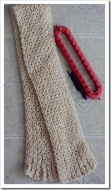 Easy scarf made with a Knifty Knitter