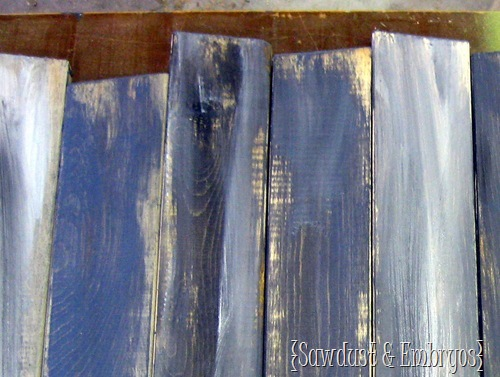 DIY Aged & Distressed Barn Boards {by Sawdust & Embryos}
