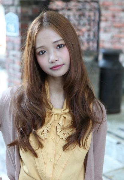 cute long Asian hairstyle