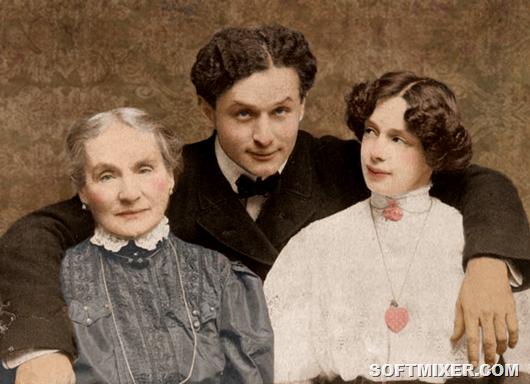 Houdini-Mom-Bess