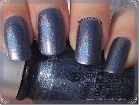 China Glaze Hologlam Collection – Strap on your Moonboots