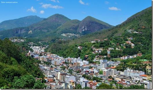 village_montanhas_foto_castro