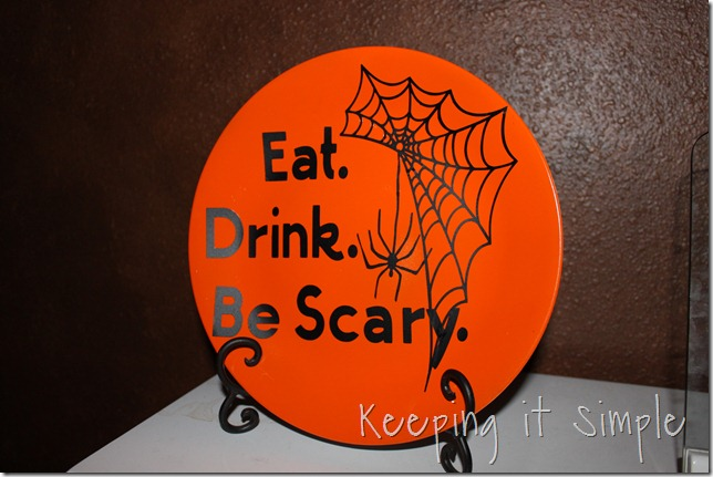 Halloween vinyl plate (1)