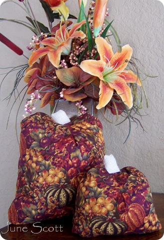 Fabric_Pumkins_Display