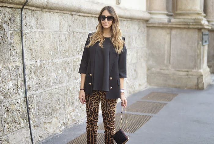 Milano fashion week, settimana della moda milano, streetstyle milano, fashion blogger, fashion blogger italiane, dolce & gabbana, pantaloni maculati dolce & gabbana, church's, churc's shoes, church's scarpe stringate, lace up shoes, dolce & gabbana bag, elisa taviti, my fantabulous world