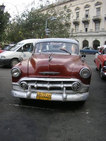 Vintage US cars in Cuba
