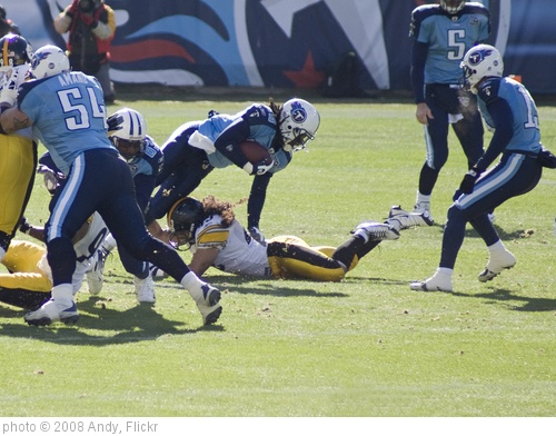 'Troy Polamalu on the Tackle' photo (c) 2008, Andy - license: http://creativecommons.org/licenses/by-sa/2.0/