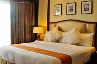 Tagaytay's Taal Vista Hotel by Elal Jane Lasola