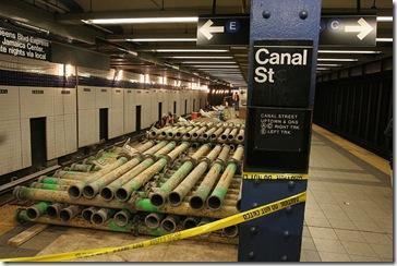 Trabajos de fin de semana en la calle Canal, la semana pasada (Leonard Wiggins/MTA)