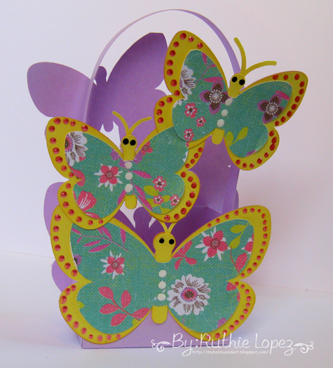Latinas Arts and Crafts - The Cutting Cafe - Butterfly box - Mariposas y rosas - Ruthie Lopez DT