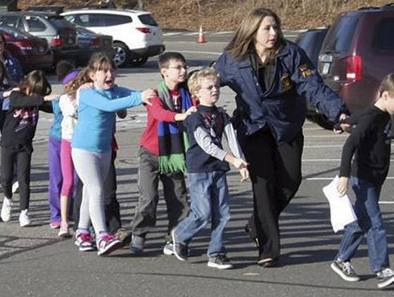 ap-connecticut-school-shooting-4_3_r560