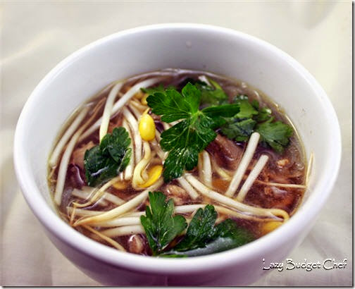 duck feet pho soup